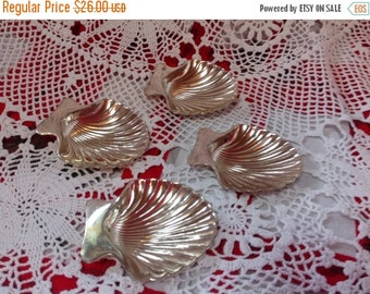 On Sale Set of 4 Silver Plated Footed Sea Shell Bowls Sea Shell Condiment Holders Clam Bowls
