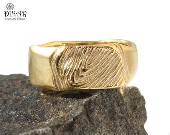Fingerprint 14k Yellow Gold Wedding Band, personalized Fingerprint ring, hand engraved mens gold band, 18k solid gold personalized wide band
