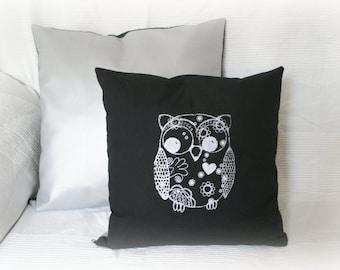 Cushion OWL 40 x 40 cm silver