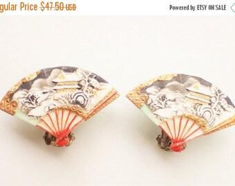 Toshikane Arita Japan 1950's Porcelain Fan Clip Earrings