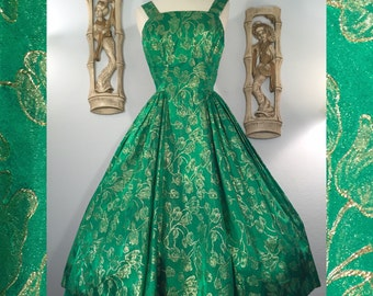 1950s Emerald Green and Gold Brocade Party Dress -- Perfect for the Holidays!