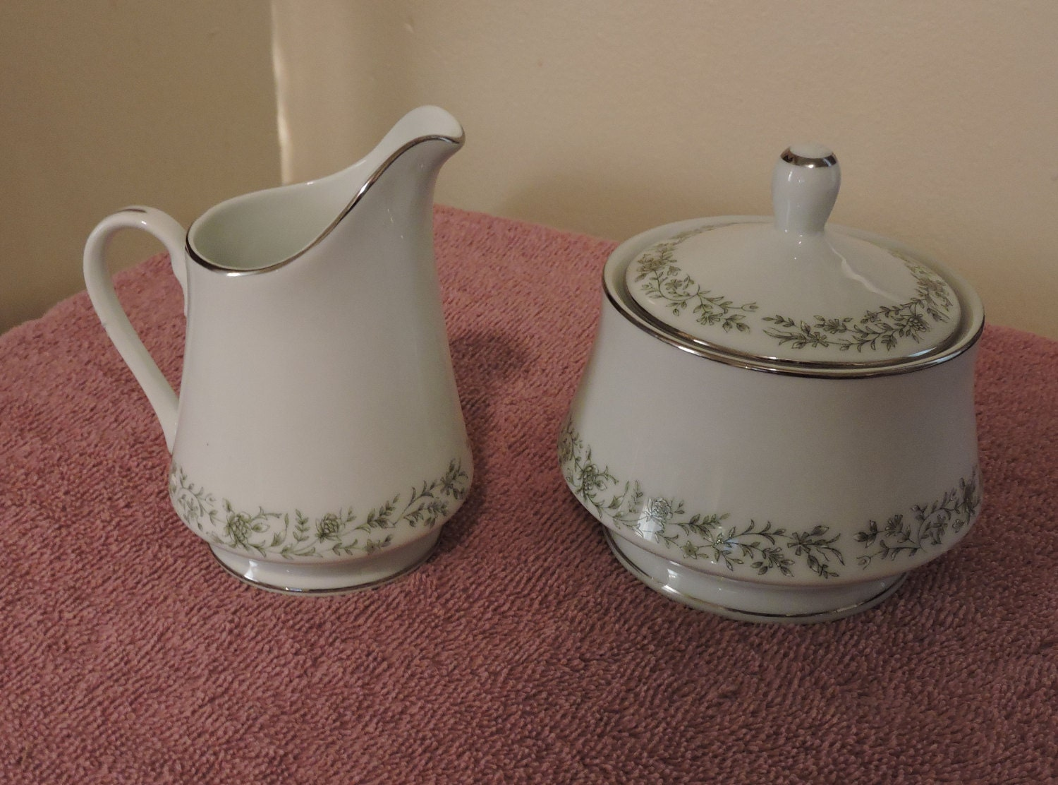 Vintage Mikasa Fine China Montclair Pattern G9059 Sugar And