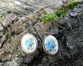 Blue Rose Earrings/Rose Jewellery/Blue Dangle Earrings/Floral Earrings/Blue Earrings/Blue Flower Earrings/Serenity/Pantone 2016/Roses