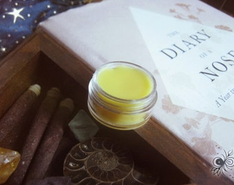 Personal natural solid perfume
