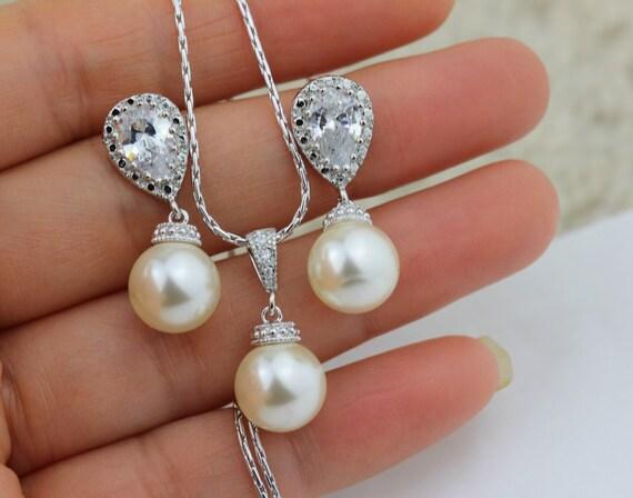 Brautschmuck set perlen creme  Creme Perlen Set Perlenschmuck set Brautschmuck Set Elfenbein
