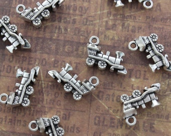10 Train Charms Train Engine Pendants Antiqued Silver Tone 3D 15 x 15 mm