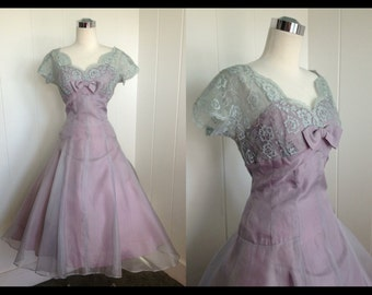 1950s Vintage Dress Lilac Full Wedding Dress