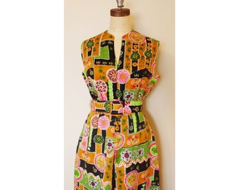 1960/ 1970s Psychedelic Floor Length Dress