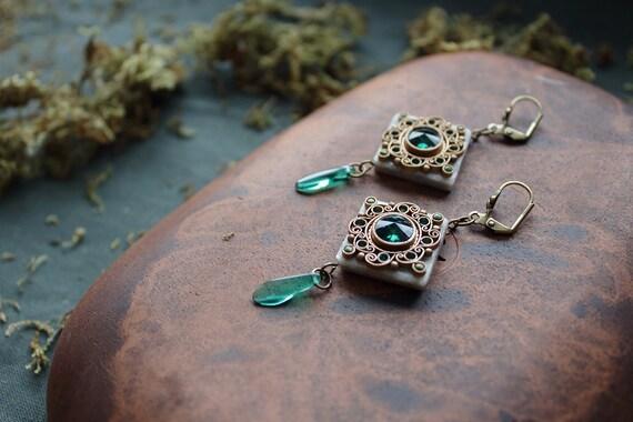 boho green Swarovski earrings, ethnic jewelry, indian earrings, indian jewelry, hippie earrings