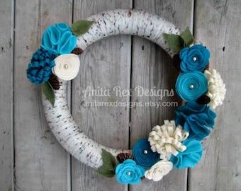 Yarn Wreath, Birch Yarn Wreath, Aqua Teal Cream Felt Flowers, Handmade Wreath, Spring Wreath, All year wreath