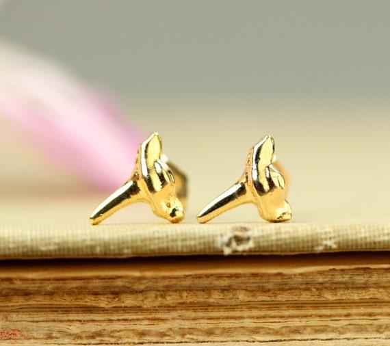 Shark tooth earrings - beach earrings - summer earrings - shark teeth stud earrings