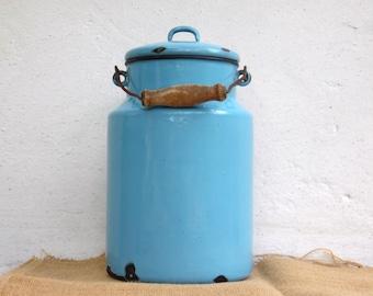 Large Vintage Blue Enamel Milk Can - Country Cottage Chic - Farmhouse Decor - 4 liter