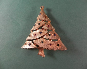 Vintage Christmas Tree Brooch/Pin with Multi colored Rhinestones Set in Gold Tone Metal