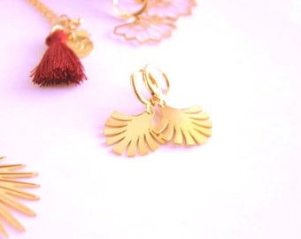 Dangling pendant earrings Palma, gold plated.