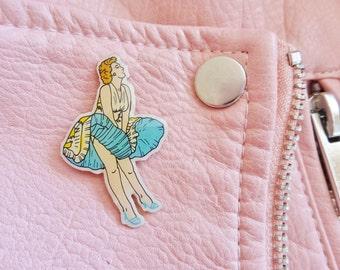 Vintage Retro Marilyn Monroe Norma Jean Some Like It Hot Actress Hollywood Cinema Film Movie Pin Badge