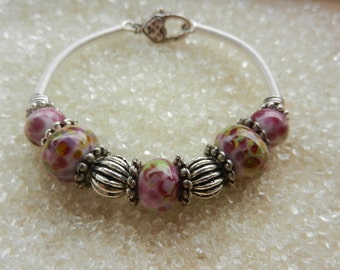 Rose - Pink glass beads, spun by craftsman and silver Bracelet