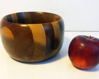 Vintage Danish Mid Century Modern Wooden Bowl - Small / Medium Sized Wood Bowl - Mid century Mod Two Toned Wood Bowl Home Decor