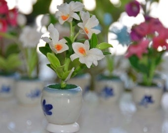 Polymer Clay Flowers, handmade by Japanese Clay, White flower, small clay flower