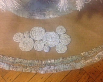 "Burlap Rosettes Christmas Tree Skirt with Ruffles 56"""