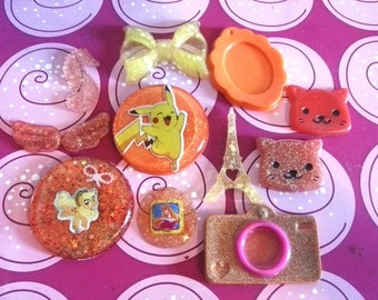 12 cabochon kawaii resin. tones of orange