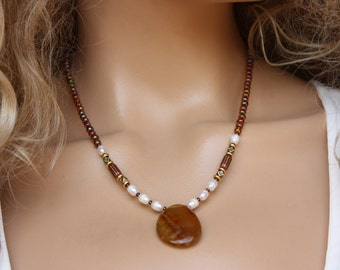 Agate  Pendant Necklace, Brown  Agate Pendant in Amber&Pearl Beads