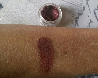 Organic Eyeshadow - Eyeshadow - Eye Shadow - Organic Cosmetics - Makeup - Plum Eyeshadow - Mineral Makeup - Dark Eyeshadow - Smokey Eye