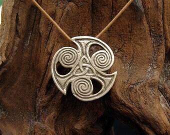 Viking Triquetra Pendant in Bronze