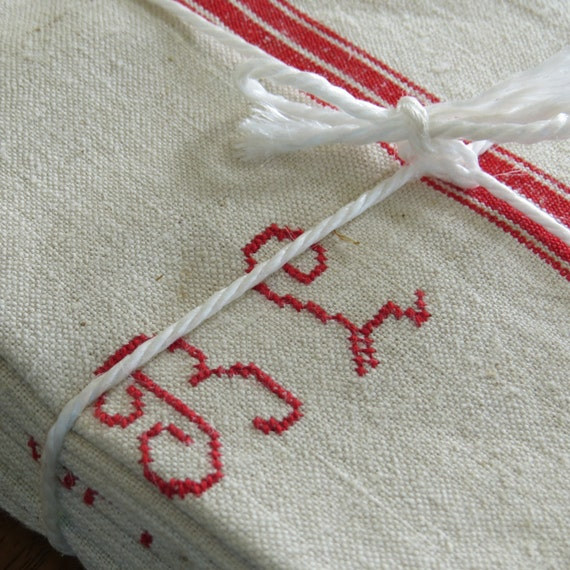 Hand Towels Meaning: Four Vintage French Linen Metis Hand Towels With Red Monogram