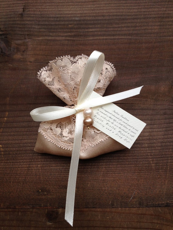 Wedding Favor Bags Lace : lace favor bags. gift bags. weddings. bridal shower. thank you bag