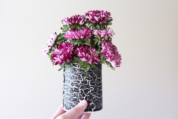 black cracked flower vase