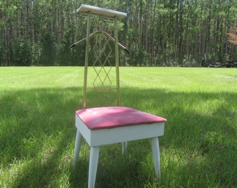 Valet chair, valet stand, shabby chic furniture, butler stand,  stand, Paris chic decor,vintage chair, pink, mid century,clothes hanger,