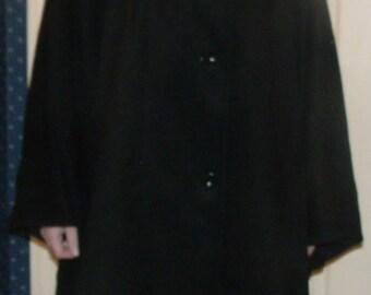 Cape Poncho in Black