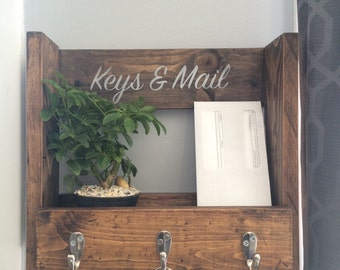 Key and mail holder