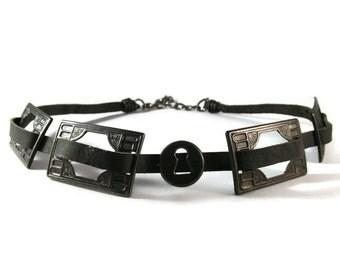 Black Brass Keyhole leather choker/goth/gothic/rocker