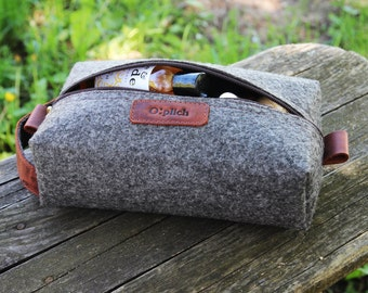 Travel Bag/ Cosmetic Bag/Felt & Waxed Leather Toiletry Bag/ Leather Dopp Kit for Men or Women / Shaving Bag /Wedding gift /Personalizationor