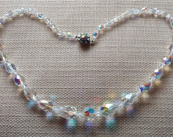 Vintage Crystal faceted glass bead necklace with fabulous clasp