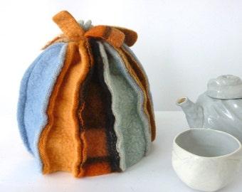 tea cosy, woolen teacosy, felted woolen blanket