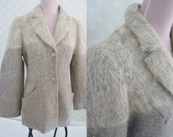 Mohair wool vintage blazer. Minimalist style. Grey tweed blazer. Medium size.