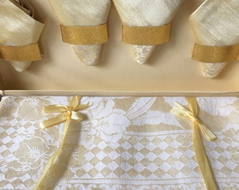 SALE Vintage Tablecloth and Napkins, Cotton and Rayon Damask, Unused, Tablecloth and Napkins Boxed, Vintage Wedding