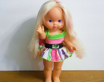 Vintage Lil Miss Magic Hair doll  made by Mattel 1988 hair color changing doll with original outfit!
