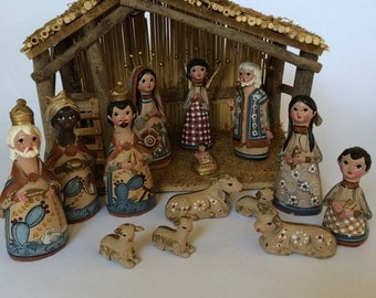 Vintage Mexican Art Pottery Nativity Set with Manger 15 pieces