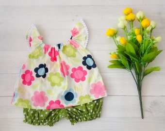 Spring floral baby clothes set. Pink and Green Flower baby top and green polka dot bloomer. Summer baby girls clothes
