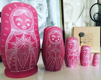 Large pink Russian doll set