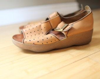 vintage famolare tan leather platform wedge sandals womens 10