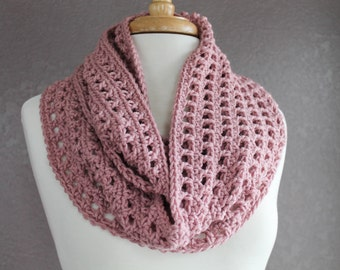 INFINITY SCARF, Pink Crochet Infinity Scarf, Scarf, Neckwarmer, Cowl, Crochet Scarf, Circle Scarf, Infinity Scarf, Crochet Cowl