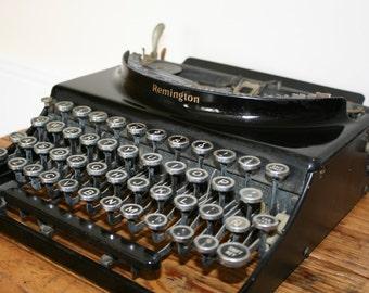 Vintage British Imperial typewriter