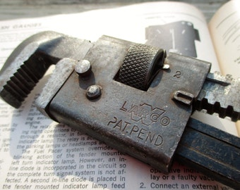 Vintage LARCO Chicago Pat Pend #10 Adjustable Pipe Wrench inv #28