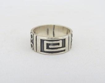 Vintage Sterling Silver Carved Band Ring Size 7