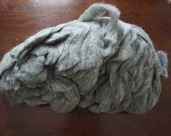 Shetland lamb roving 1 pound 2.8 oz