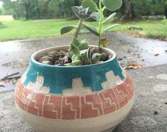 Aztec planter
